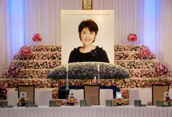 スーちゃん祭壇.jpg
